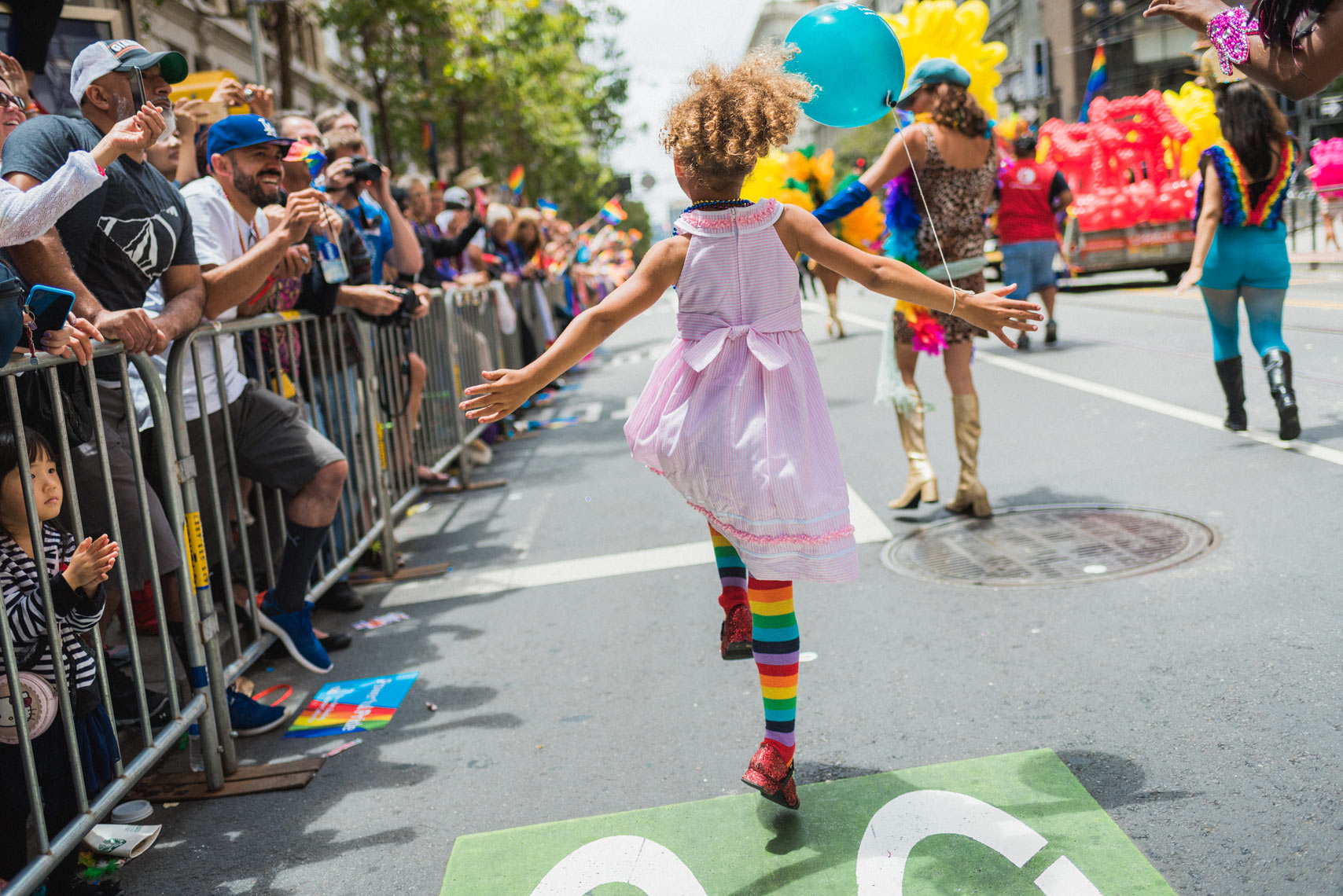 20150628_sanfrancisco-pride-skipsocks-4403